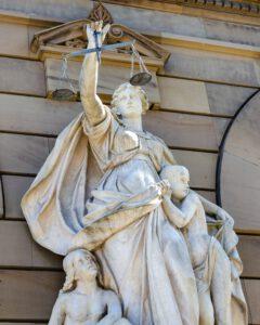 Werdegang, Rechtsanwältin, Anke Bläsi-Berg